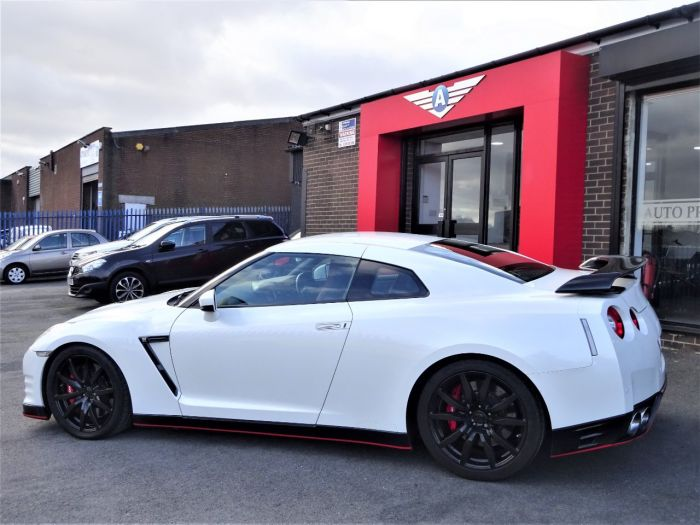 Nissan GT-R 3.8 [530] 2dr Auto STAGE 4.25 650 CARBON EDITION FACELIFT LED MODEL PEARL WHITE Coupe Petrol White