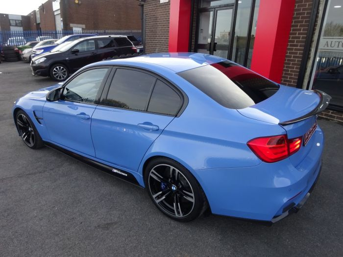 BMW M3 3.0 M3 4dr DCT HUGH SPEC HEADS UP DISPLAY SUNROOF REVERSE CAMERA Saloon Petrol Blue