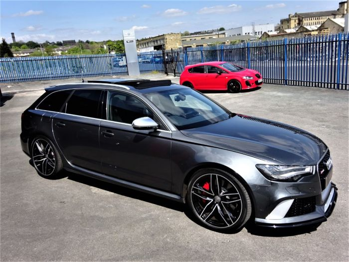 Audi RS6 4.0T FSI V8 Bi-Turbo RS6 Quattro 5dr Tip Auto MASSIVE SPEC PAN ROOF SPORTS EXHAUST EXTENDED WARRANTY Estate Petrol Grey