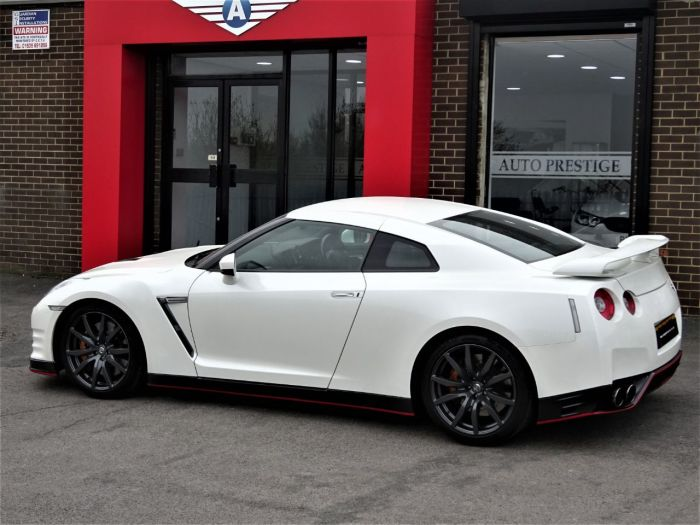Nissan GT-R 3.8 [530] 2dr Auto RECARO EDITION LITCHFIELD UPGRADES Coupe Petrol White
